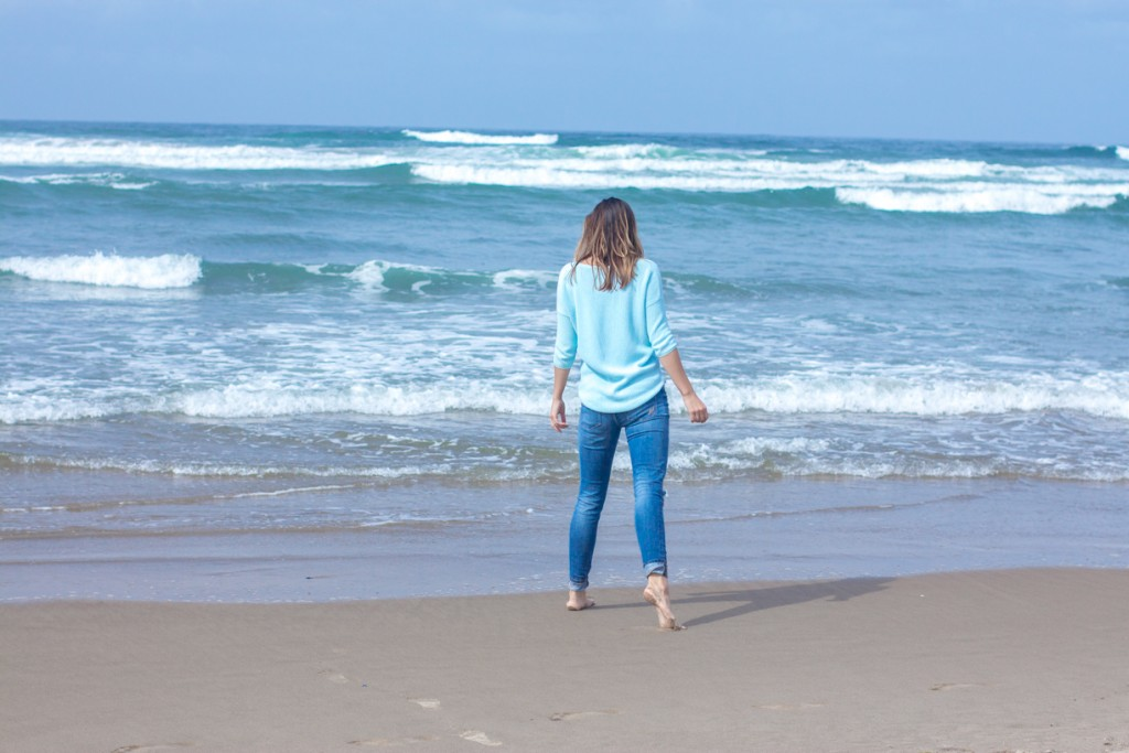 Canon Beach - Sweater and Distressed Denim