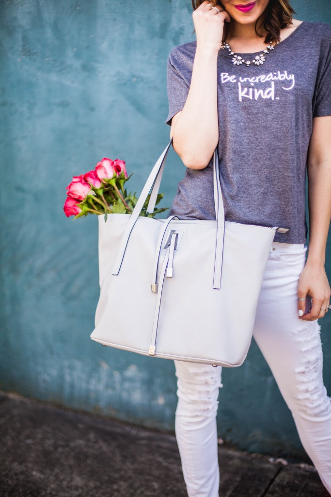 Le Motto | Be Incredibly Kind | Distressed Denim