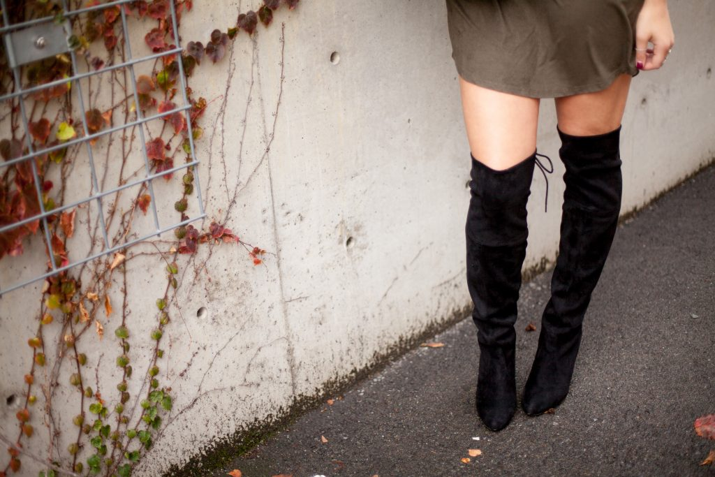HERboutique.com | Keeping your authenticity as a blogger | TShirt Dress | OTK boots | Fall Fashion